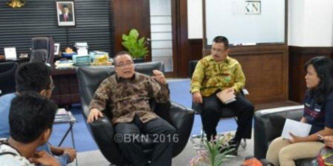 Kepala Bkn Silakan Honorer Berkompetisi Lewat Formasi Umum Cpns Indonesia